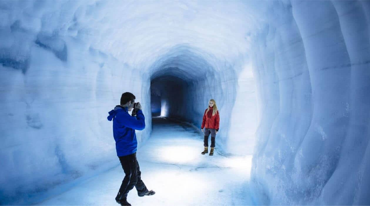 Onder gletsjer lopen in Reykjavik