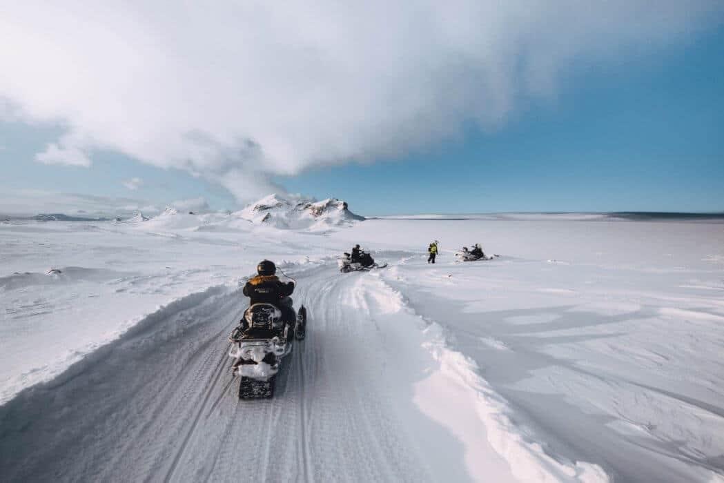 Sneeuwmobiel ritje in IJsland